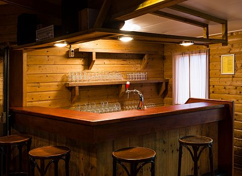 bar groepsaccommodatie